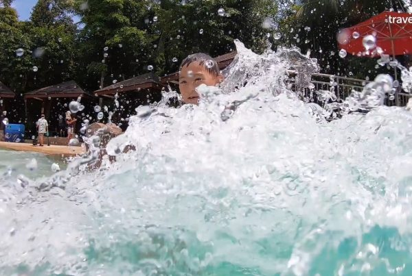 Universal Studios Singapore & Adventure Cove Waterpark USS ACW