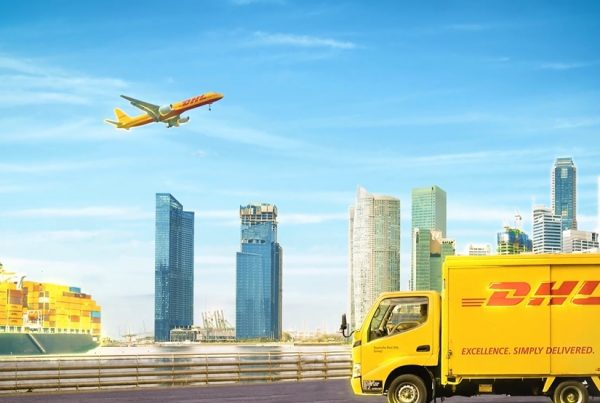 Motion Graphics DHL Corporate Video